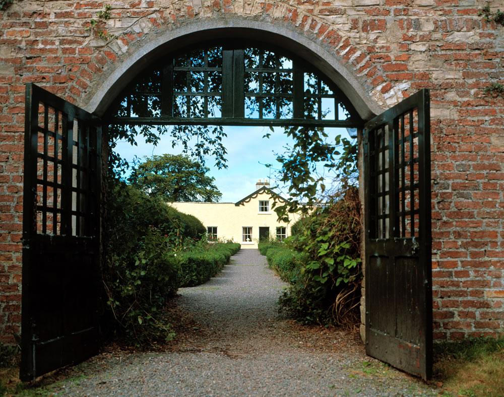 walled-garden-gallery-1